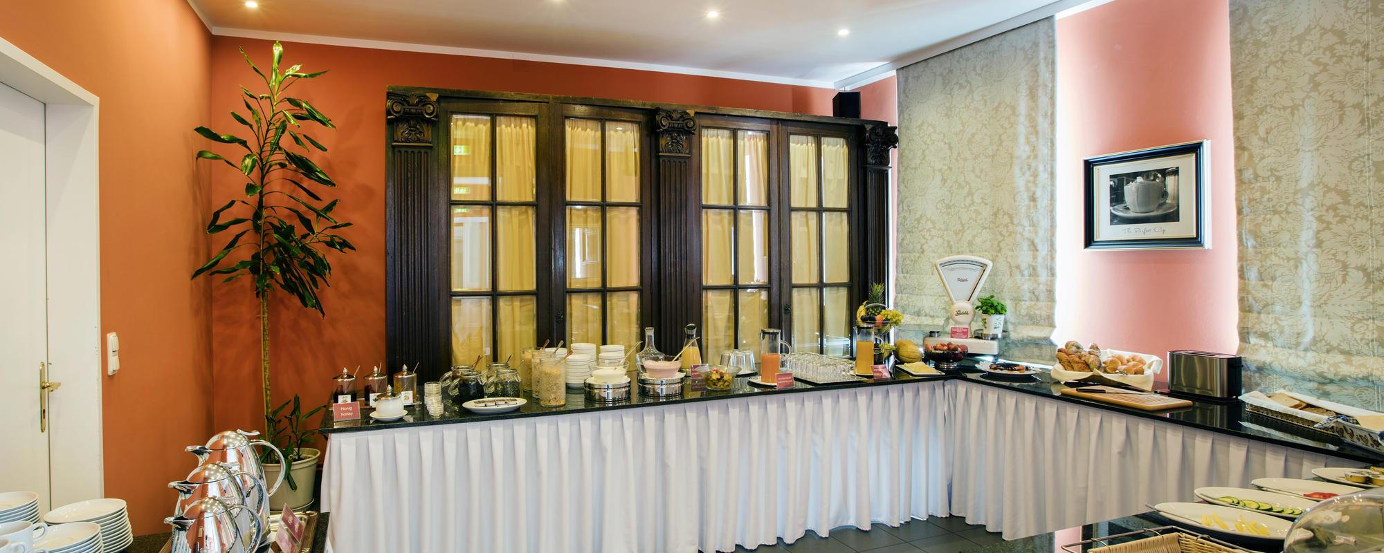 Klassisches Wiener Buffetfrühstück