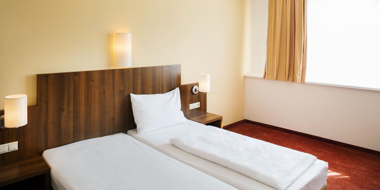 Doppelzimmer zur Einzelbenutzung im Hahn Hotel